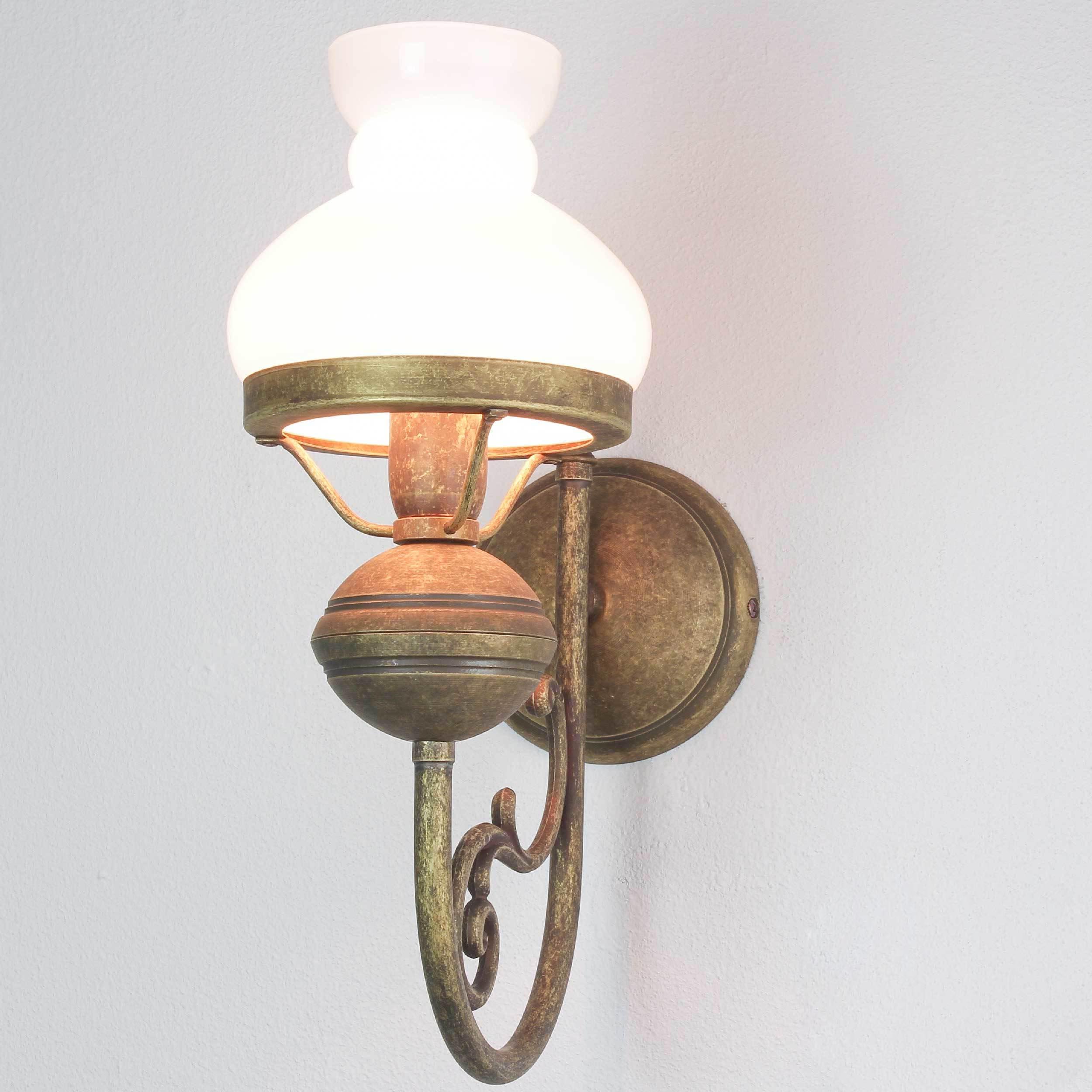 Wandlampe Weiß Glasschirm aus Echt-Messing Antik