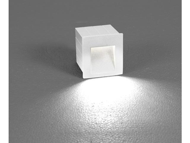 Moderne LED Wandaußenleuchte in weiß